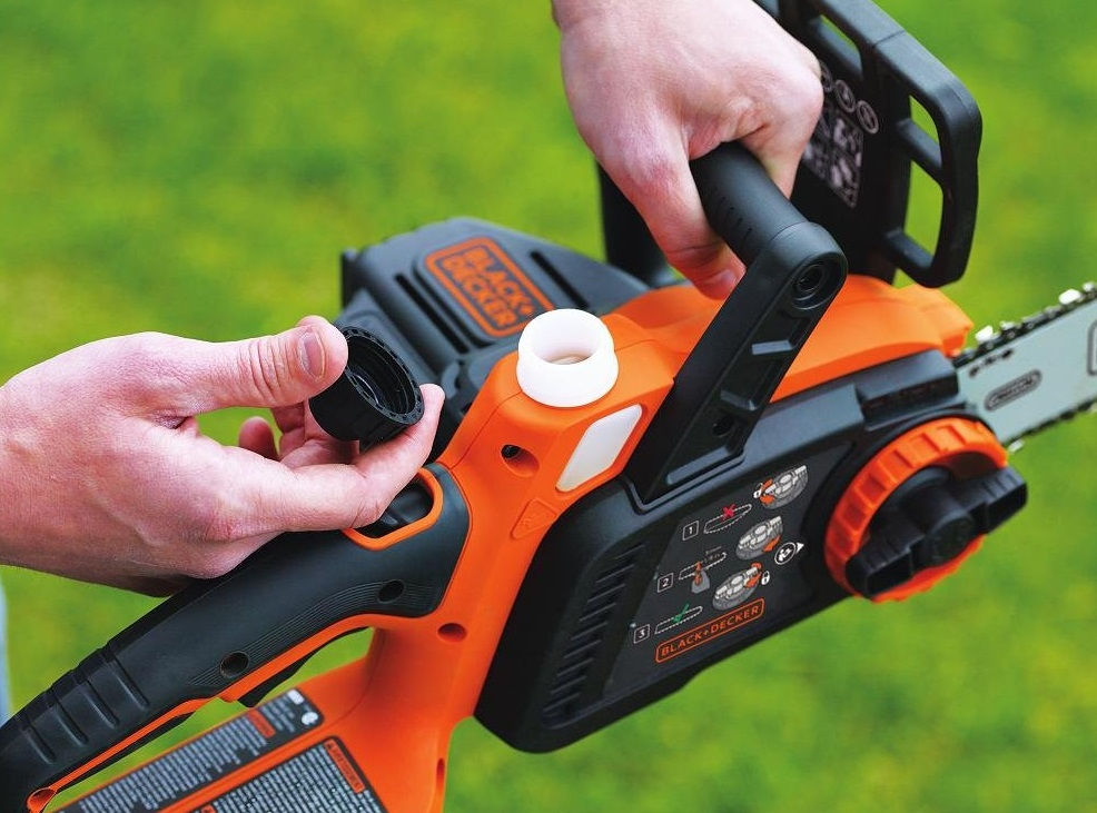 chainsaw Maintenance